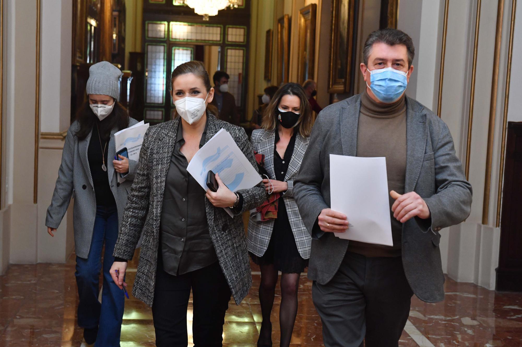 El Pleno aprueba el convenio de la ampliación del hospital con los votos a favor de PSOE y PP