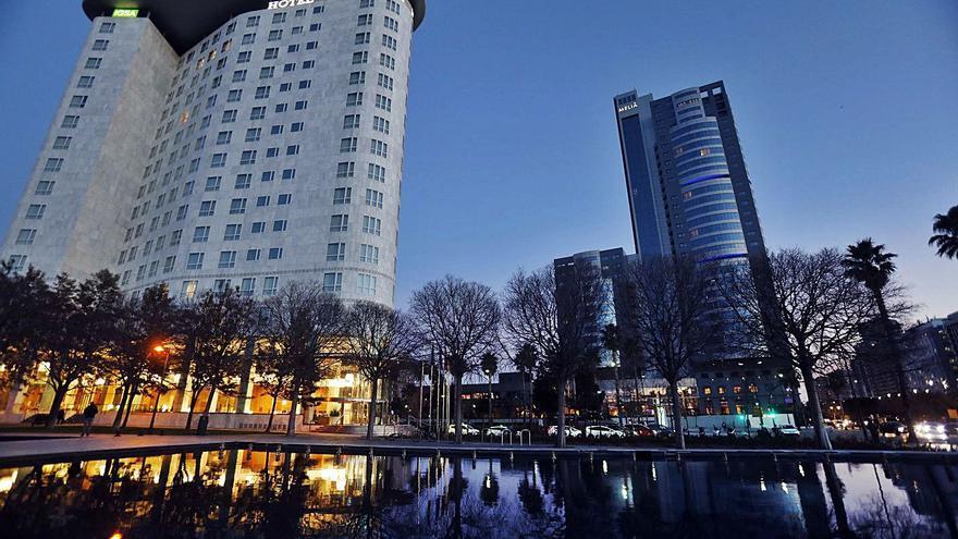 Los hoteleros valencianos pleitean por una rebaja de impuestos por la crisis