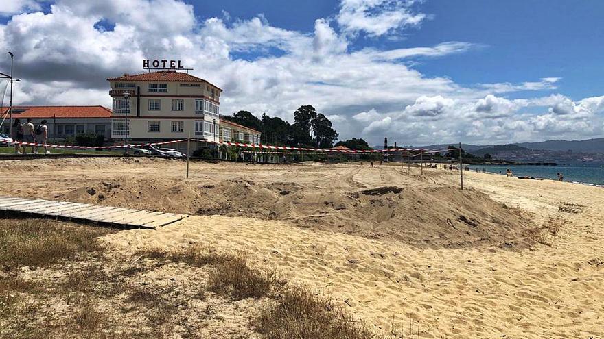 """Aluvión de denuncias políticas y sociales por el """"atentado medioambiental"""" de la playa de Rodeira"""