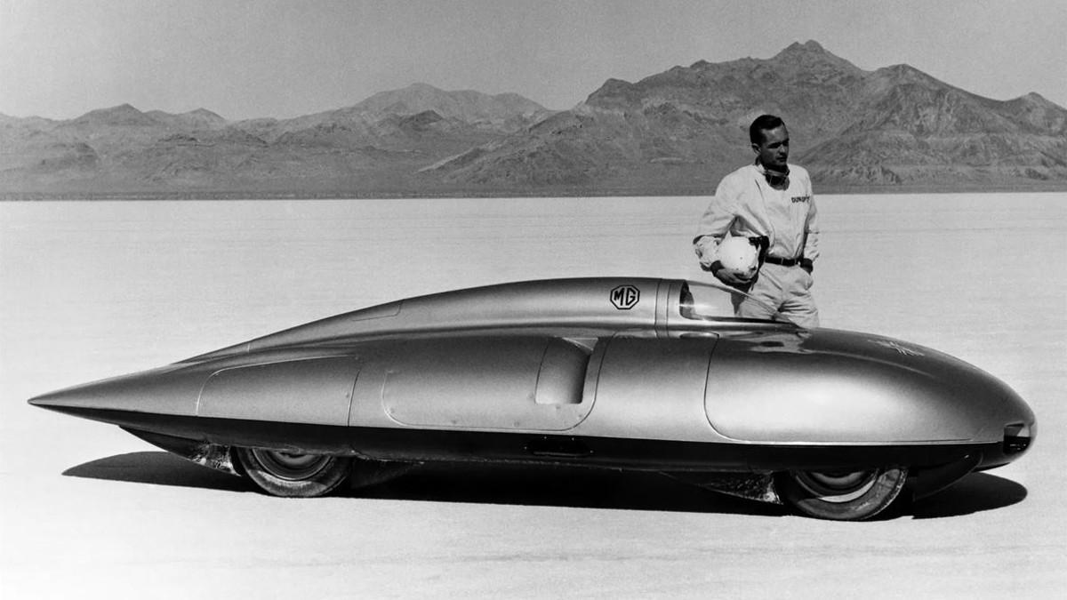 Se cumplen 64 años del récord de velocidad de Stirling Moss con el MG EX 181