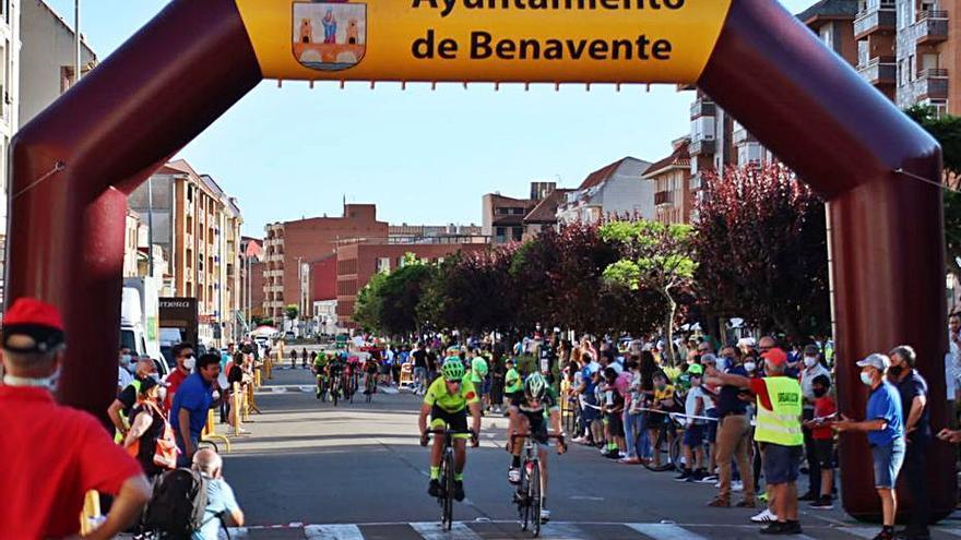Fiesta ciclista en Benavente