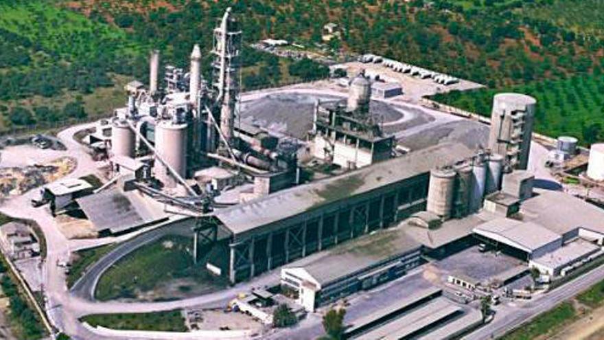 Solarpark und Wasserstoffanlage statt Zementwerk in Lloseta