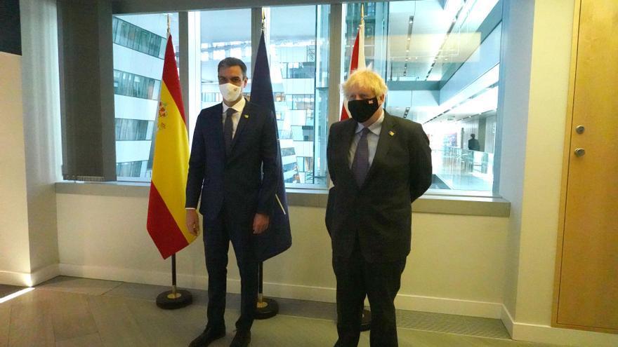 Sánchez dialoga con Johnson sobre la necesidad de un acuerdo sobre Gibraltar