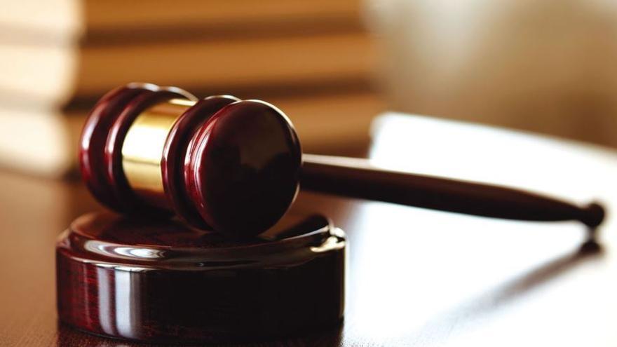 Un joven acepta dos años de cárcel por dejar a su novia menor de edad embarazada