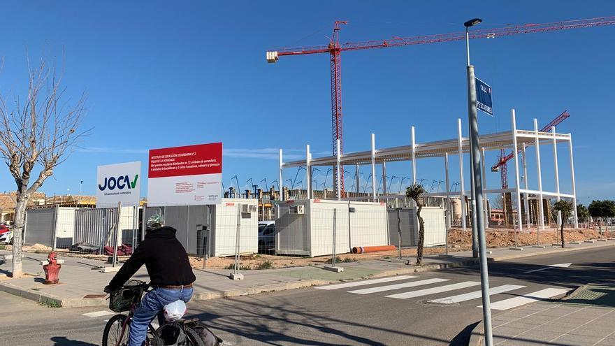 El alcalde de Pilar de la Horadada asegura que anticipará el pago de las facturas a la empresa constructora del nuevo IES