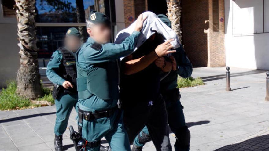 Operación policial en València contra los amaños y apuestas en partidos de tenis