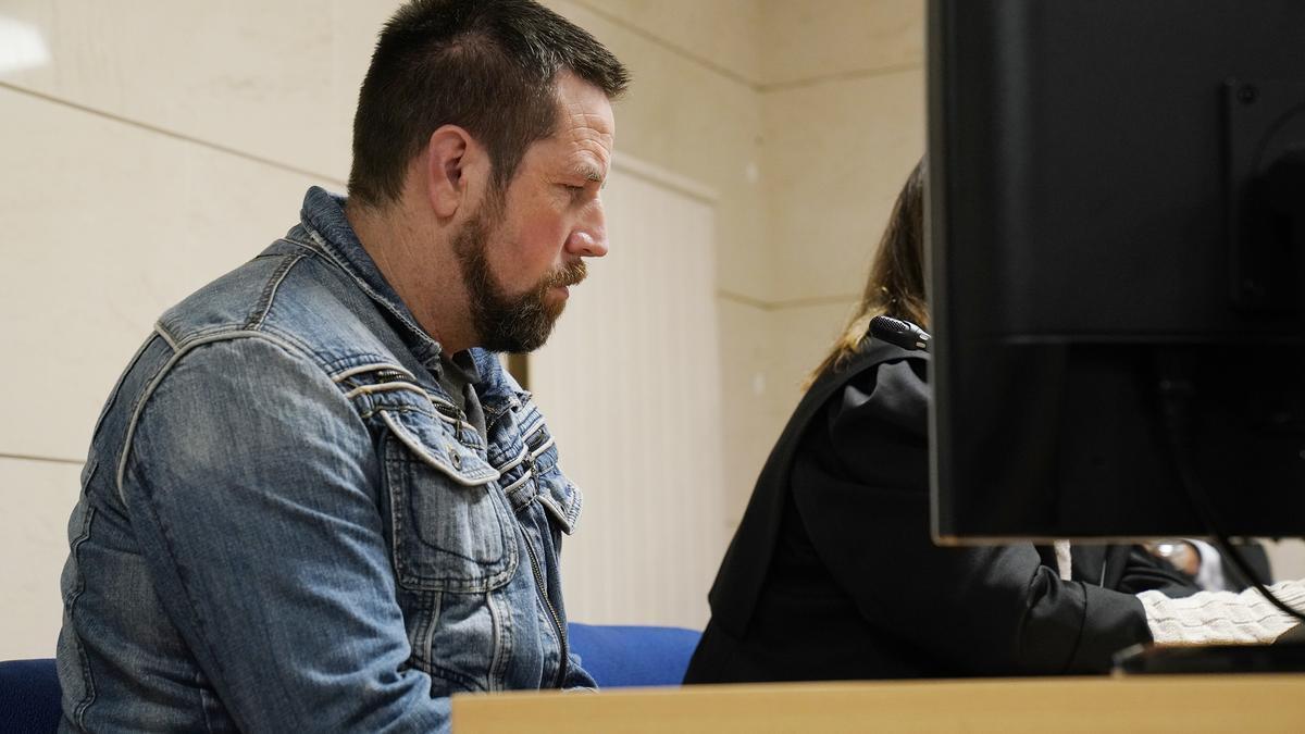 El Chicle durante el juicio.