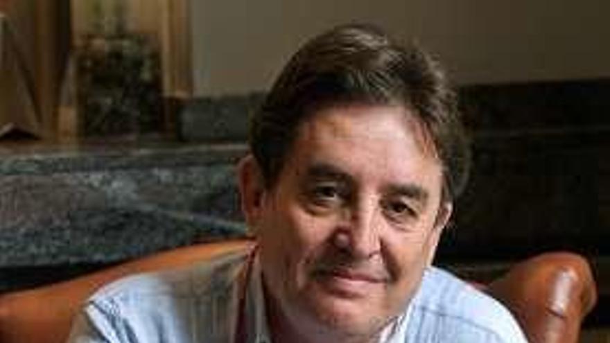 El poeta granadino Luis García Montero, octavo director del Instituto Cervantes
