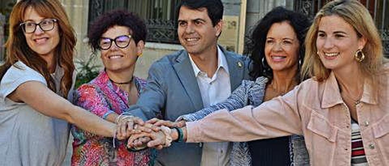 L'alcalde d'Igualada sorprèn amb el repartiment de càrrecs el primer dia