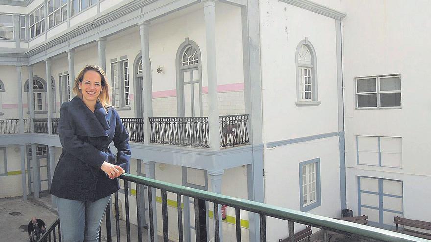 La consejera del PSOE de Sanidad de La Palma se vacuna sin permiso del Servicio Canario de Salud