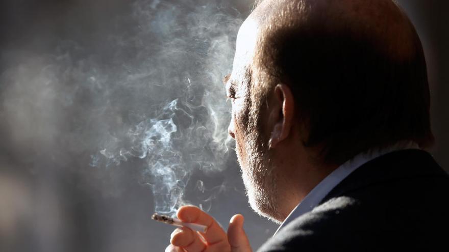 La sanidad pública financiará un segundo fármaco para dejar de fumar