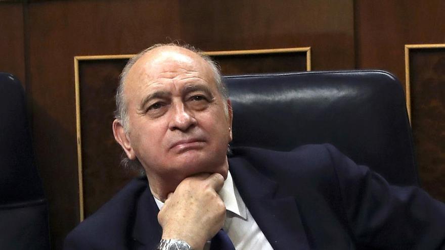 """Fernández Díaz: """"En el móvil de Martínez no están los mensajes que me atribuye"""""""