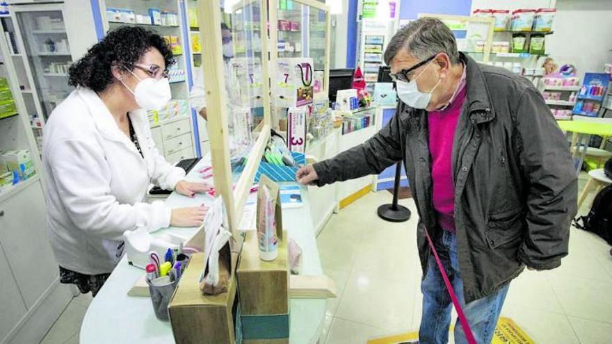 Las farmacias de Málaga notifican medio centenar de casos de Covid Persistente