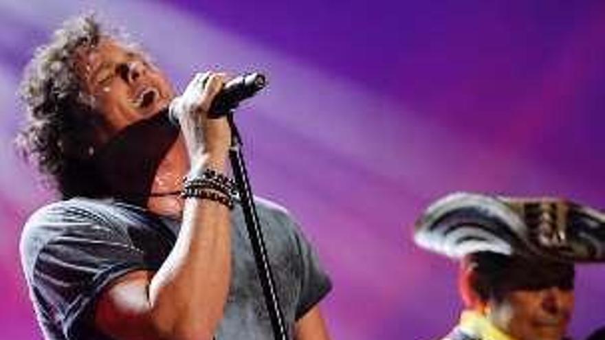 Carlos Vives, Karol G y Bad Bunny actuarán en la entrega de los premios Billboard latinos
