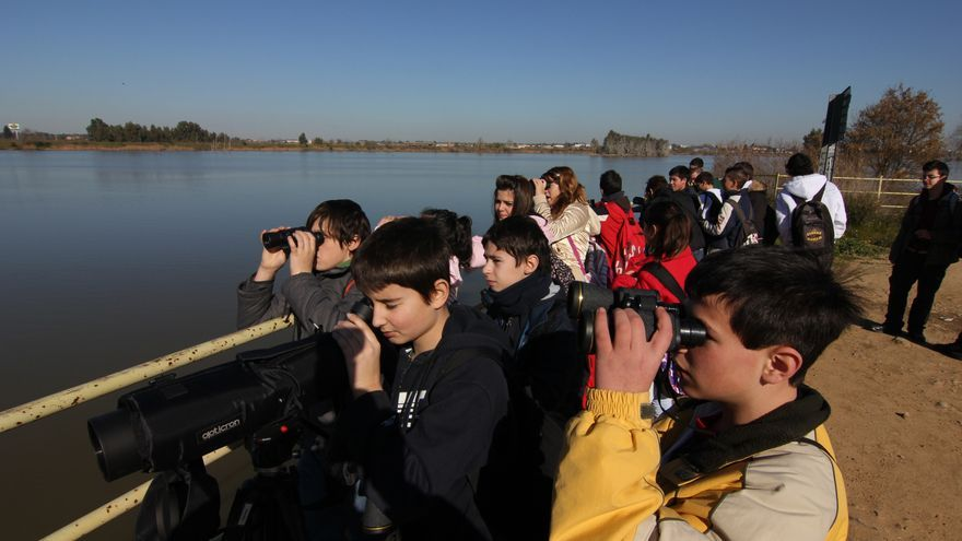 El Ayuntamiento de Badajoz adecuará tres rutas para promover el turismo ornitológico