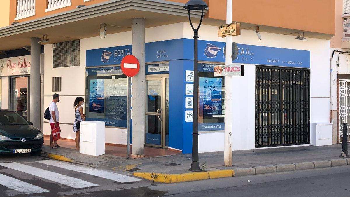 La tienda para obtener información está en la calle Santa Pola, de Moncofa.
