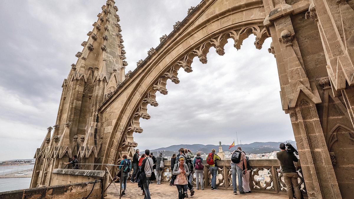 Una visita a las terrazas de la Catedral de Mallorca en tiempos precovid.