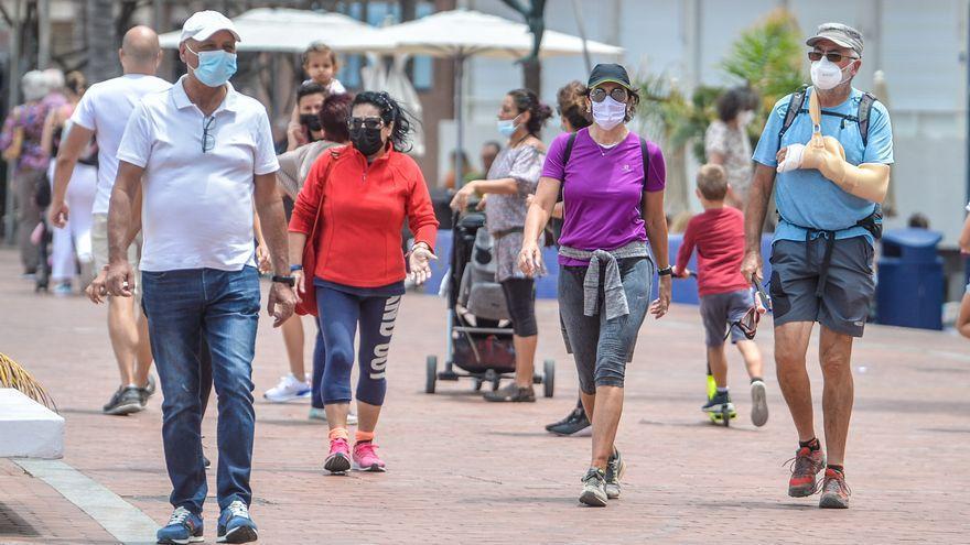 La Fiscalía emite un informe favorable al toque de queda para Canarias en nivel 3 y 4