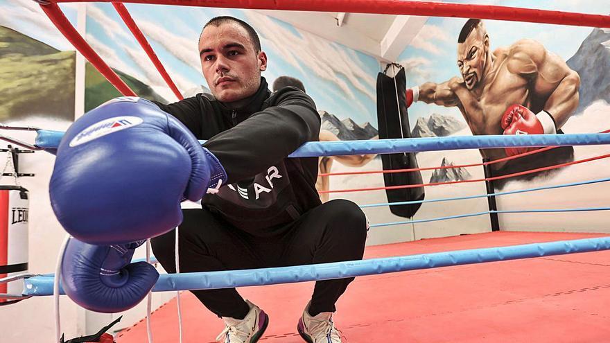 Cristian Future, de los videojuegos al ring: el comentarista ovetense que boxeará en el torneo de Ibai Llanos