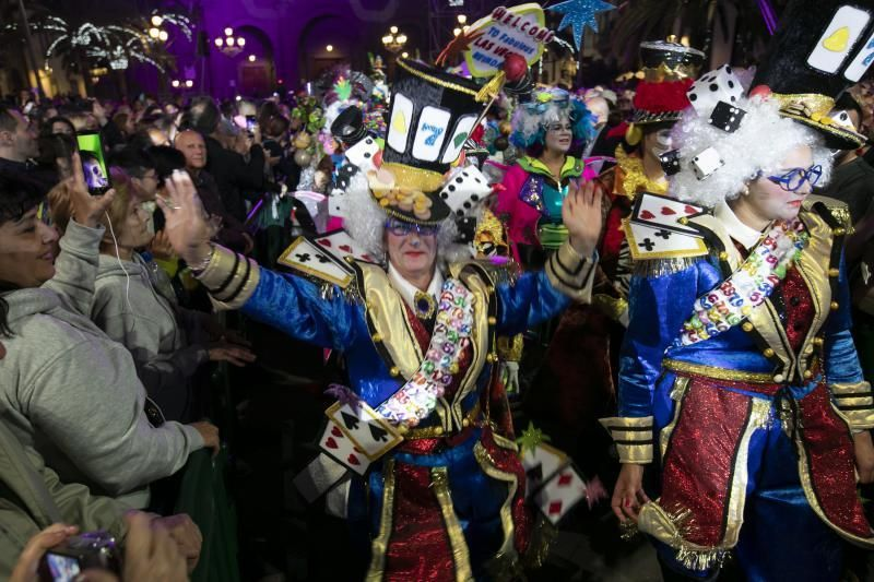 07.02.20. Las Palmas de  Gran Canaria. Pasacalles y pregón del Carnaval . Foto Quique Curbelo  | 07/02/2020 | Fotógrafo: Quique Curbelo
