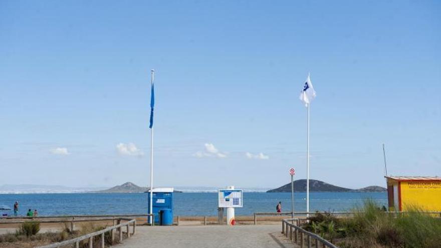 La Región mantiene sus 25 banderas azules en playas