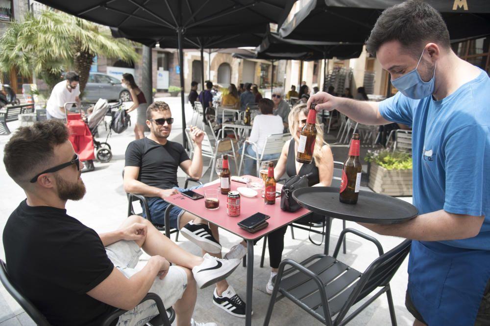 Els bars de Moià habiliten els interiors per evitar el contacte entre els clients