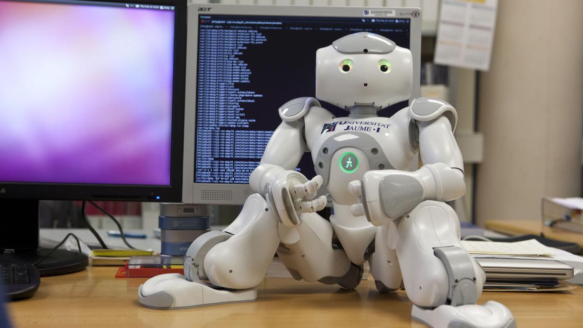 La UJI implanta el grado de Inteligencia Robótica