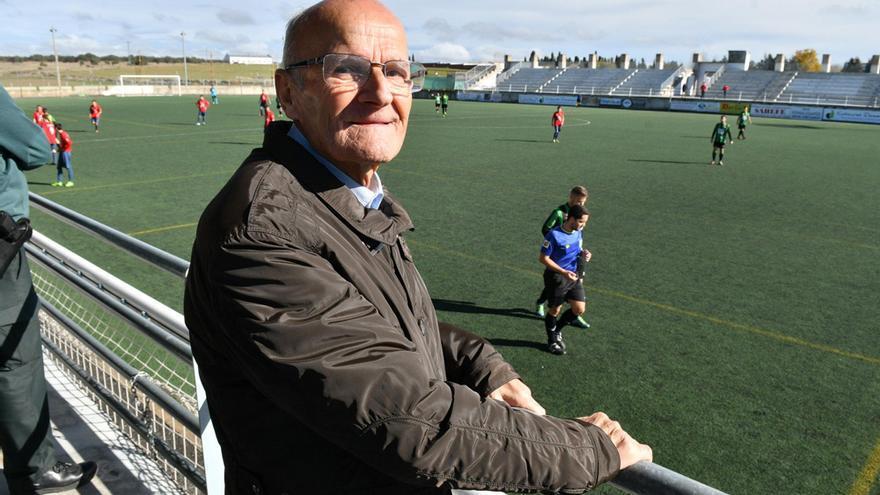 Adiós a Carmonilla, leyenda del fútbol cordobés