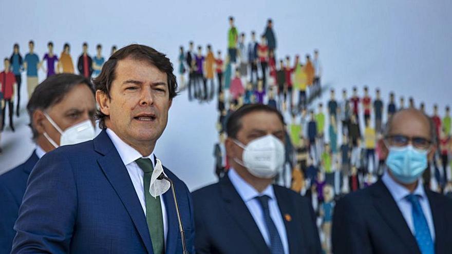 Mañueco anuncia nuevas medidas para apoyar al sector agroalimentario de Castilla y León