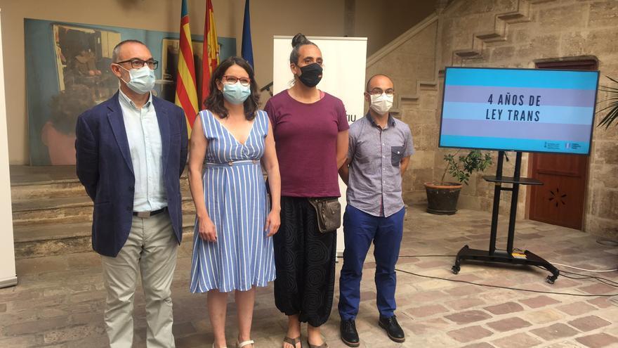 La ley Trans valenciana hace balance para acabar con los bulos