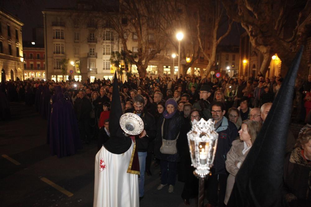 Procesión de Jueves Santo en Gijón