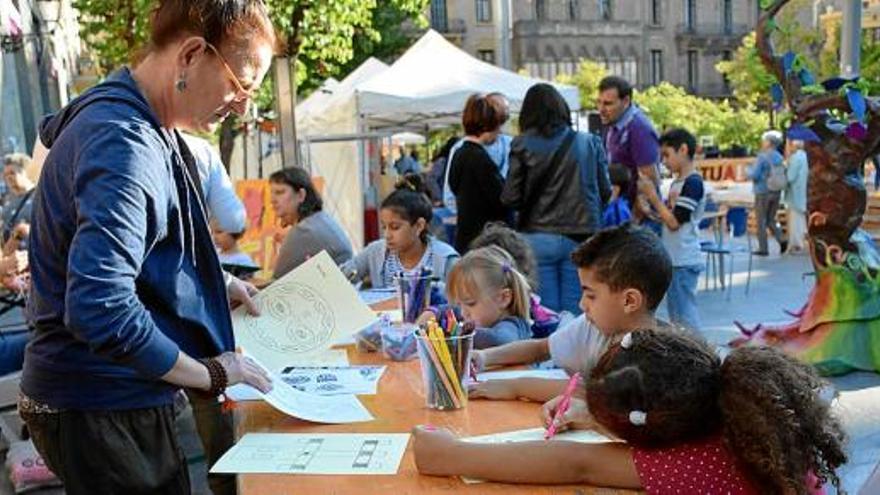 Manresa celebra la Fira Solidària amb la presència de setze entitats