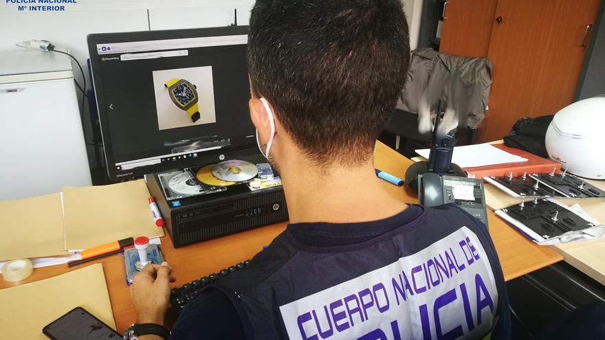 Detenido por el robo de dos relojes de lujo en Palma valorados en 165.000 euros en Palma