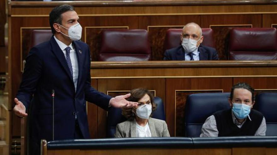 Sánchez vuelve a esquivar a Bildu y compara al PP con el trumpismo