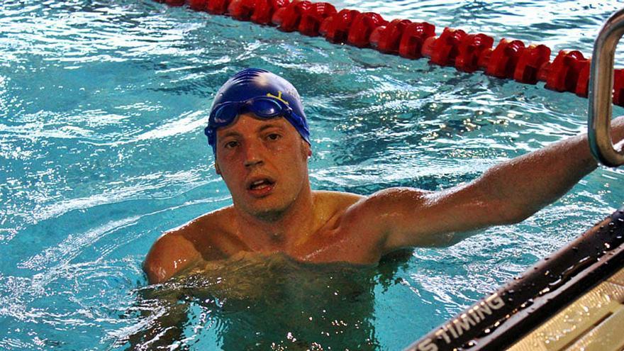 El que resiste triunfa: Alejandro Suárez, nadador sordo, aspira a ir al Mundial