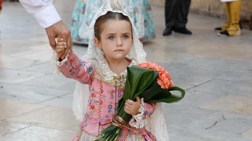 Fotos: Búscate en el segundo día de Ofrenda por las calles del Mar y Avellanas