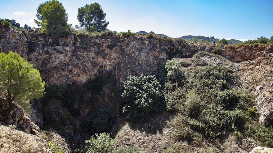 La Guardia Civil centra la búsqueda de Marta en una sima de más de 60 metros