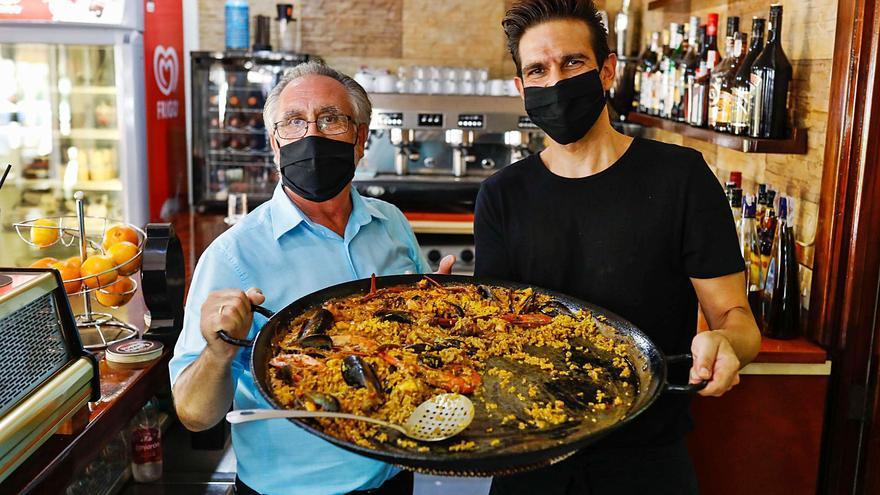 La Feria Mundial de Paella, plato estrella de unas fiestas patronales volcadas en ayudar a la restauración ibicenca