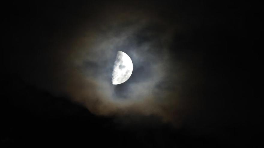 La sonda china Chang'e 5 inicia su vuelta a la Tierra con muestras lunares