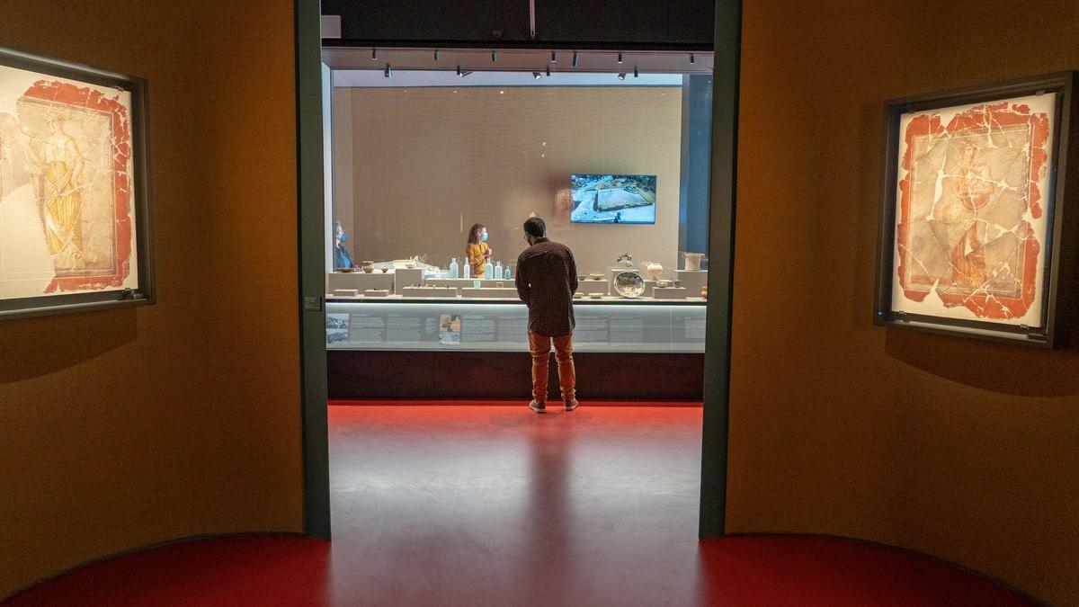 En el nuevo museo se exponen más de 350 objetos arqueológicos de gran valor histórico y artístico que narran la historia a modo de discurso diacrónico