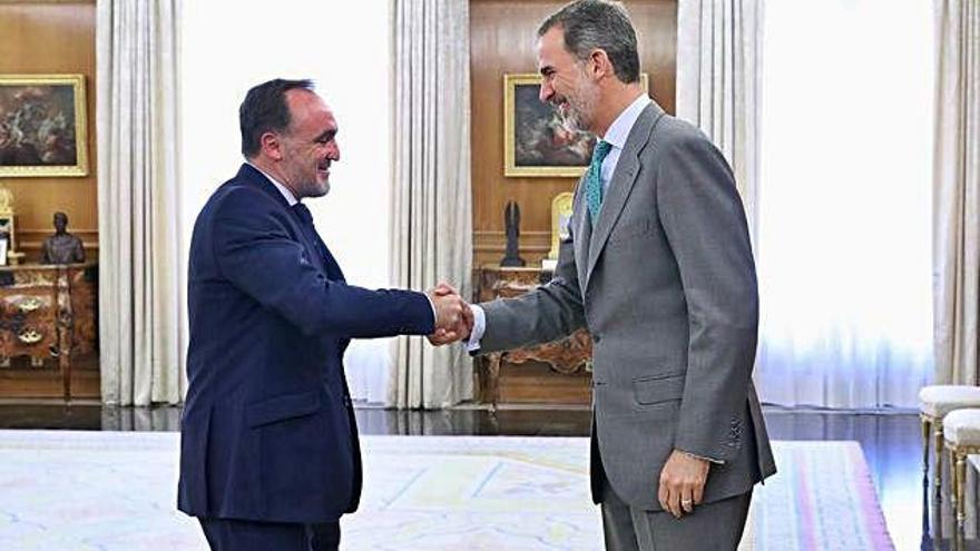UPN s'obre a negociar la investidura de Sánchez a canvi de suport a Navarra