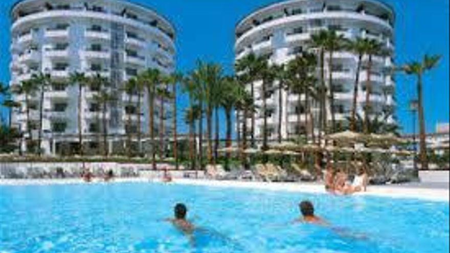 Las pernoctaciones hoteleras cayeron un 93,2 % en febrero en Canarias