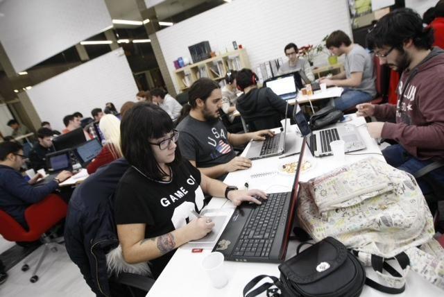 FOTOGALERÍA/ Han comenzado las 48 del Game Jam ODB 2016, una maratón de desarrollo de videojuegos