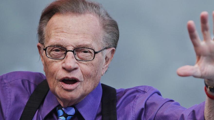 Mor el presentador nord-americà Larry King als 87 anys