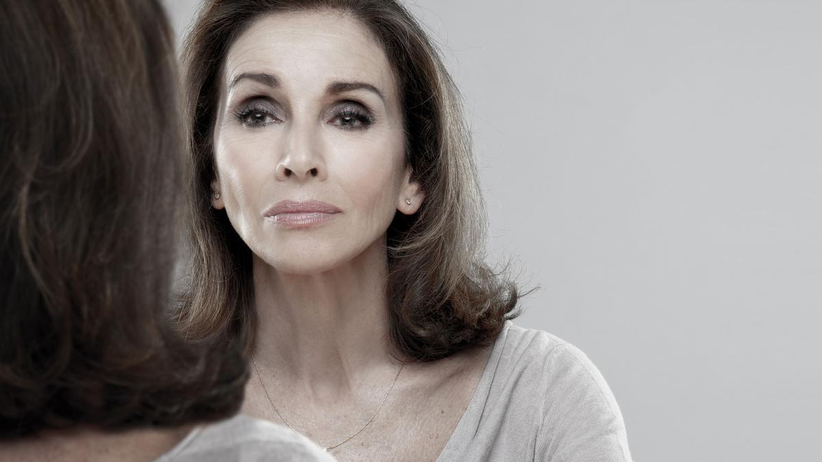 La cantant i actriu Ana Belén és la gran protagonista d'aquesta versió lliure de Pau Miró de la pel·lícula 'Eva al desnudo' de Joseph L. Mankiewicz.