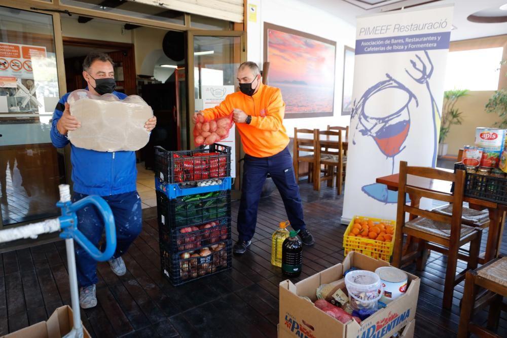 Ante el cierre de su actividad, la Asociación de Bares, Restaurantes y Cafeterías de la Pimeef ha organizado una recogida de alimentos