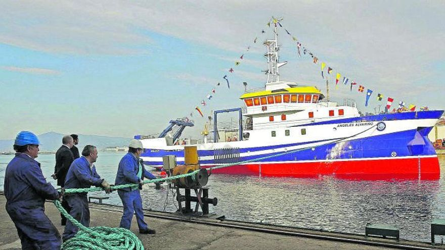 Un buque gallego buscará con un robot submarino a las niñas de Tenerife