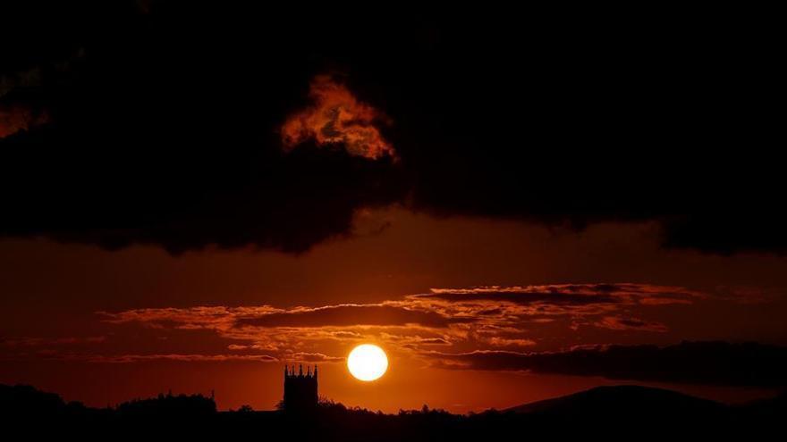 Cielo nuboso y temperaturas mínimas en ascenso