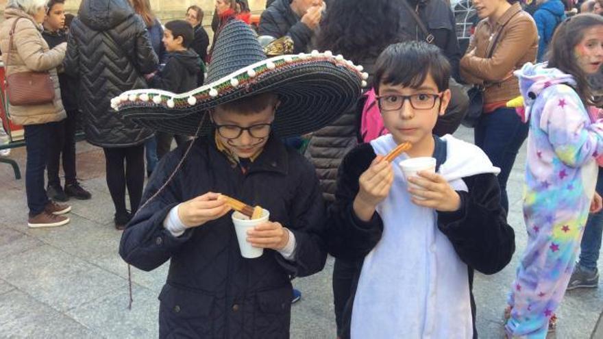 Vigo celebra el lunes de carnaval con chocolate con churros