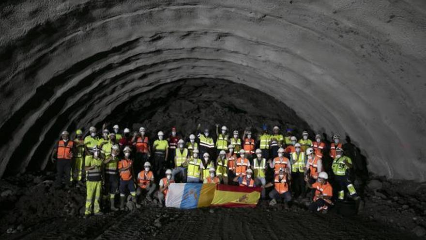 La perforación del túnel de Guguillo necesitó 75.000 kilos de explosivos